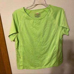✂️Danskin workout neon green shirt